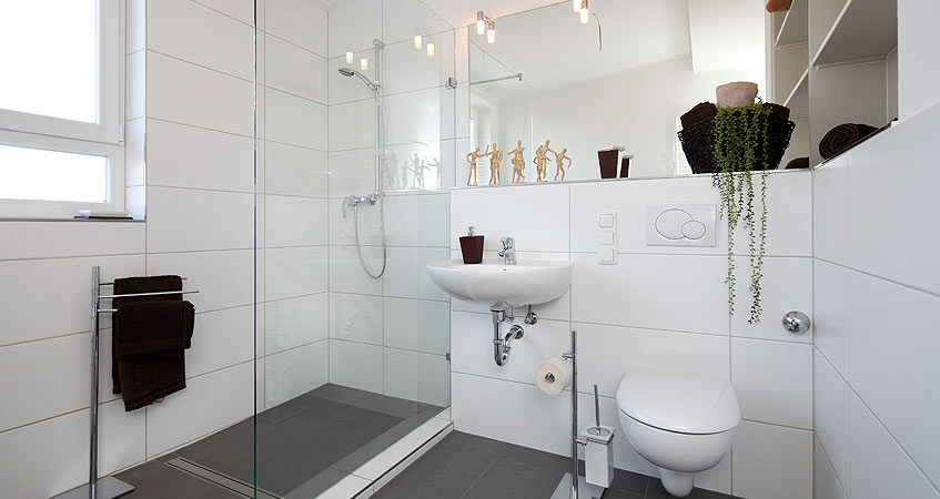 Assist pros r novation r novation habitat la baule for Salle de bain 2m2